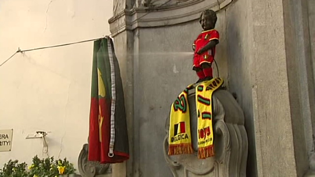 [VIDEO] - Manneken Pis is ready for the World Cup